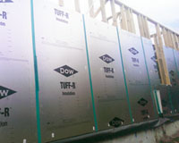 DOW Tuff-R PIR board being installed as thermally superior sisalation wrap.